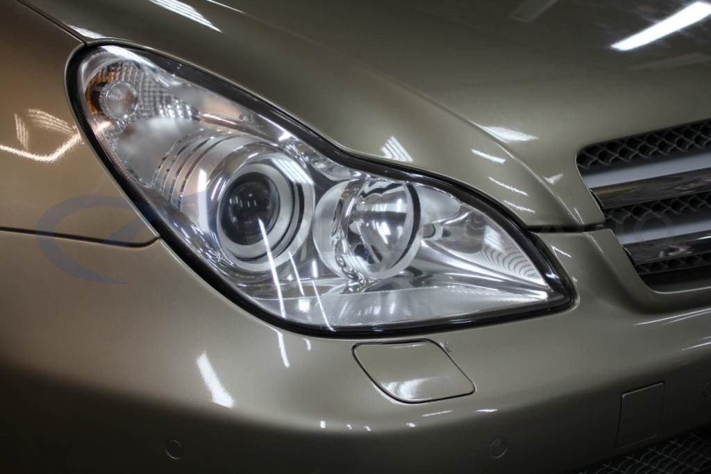 Ламинирование передней части кузова Mercedes CLS350. Изображение 5