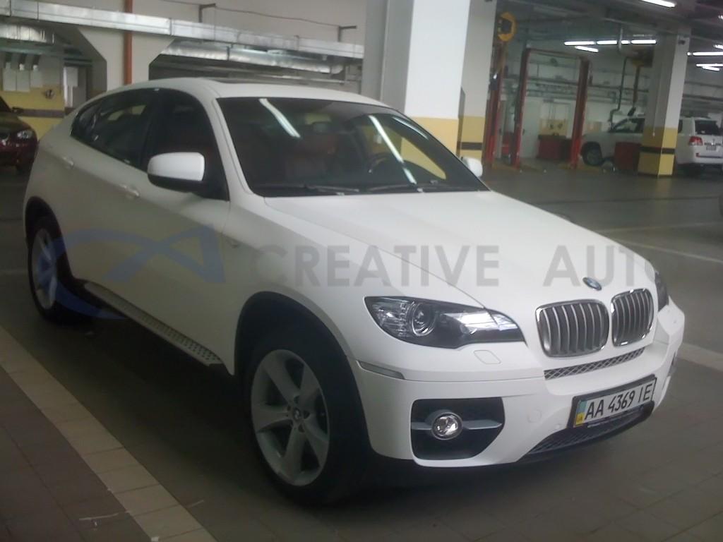Белый мат BMW X6