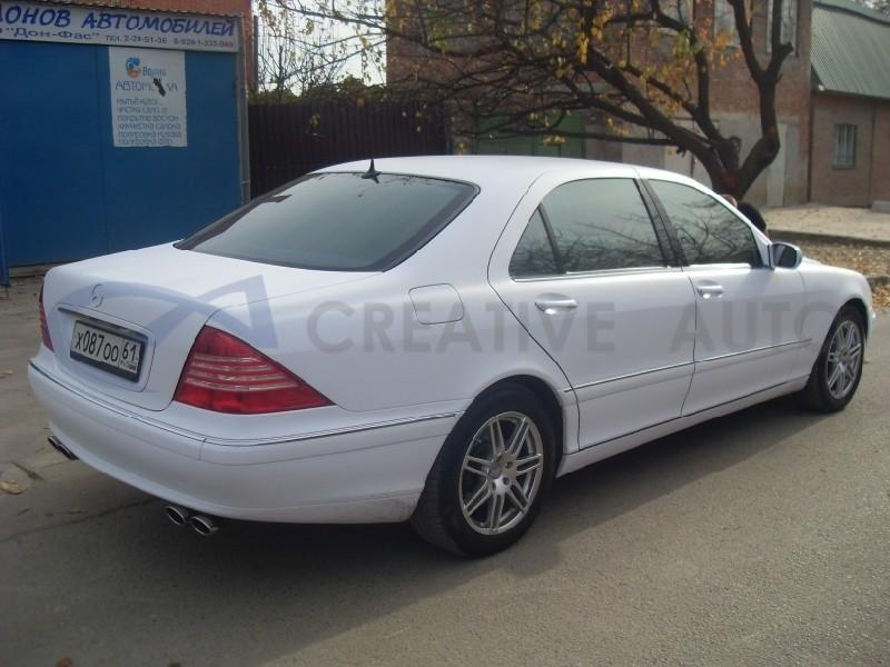 Белый мат Mercedes S220. Изображение 8