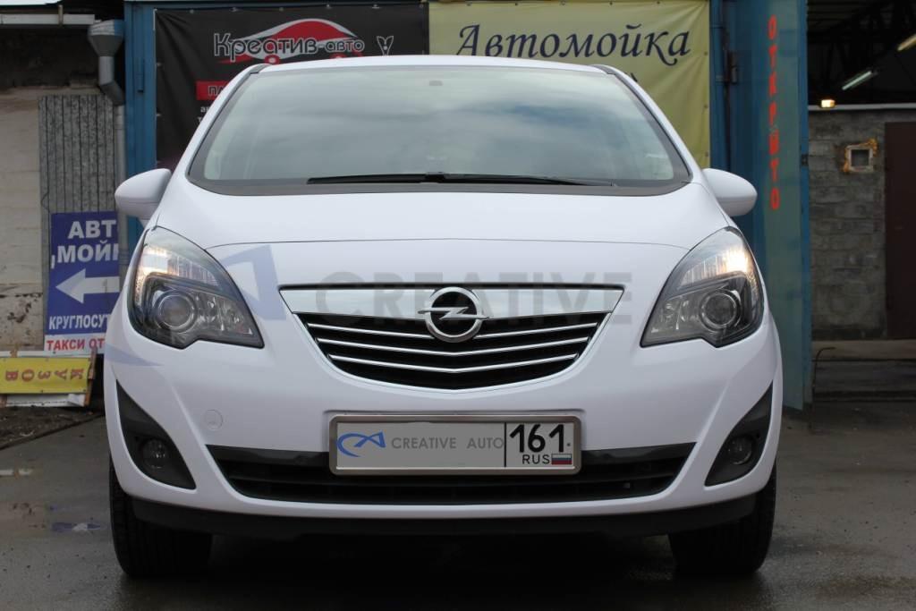 Белый мат Opel Meriva. Изображение 3